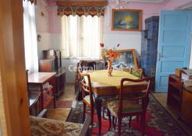 Apartament de vânzare cu 4 camere, Centru-Targu Cucu