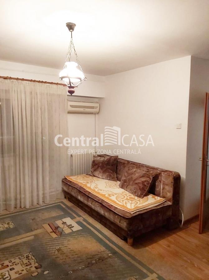 Apartament de vânzare cu o cameră, Centru-Gara
