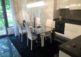 Apartament de vânzare cu 2 camere, Centru-Podul de Fier
