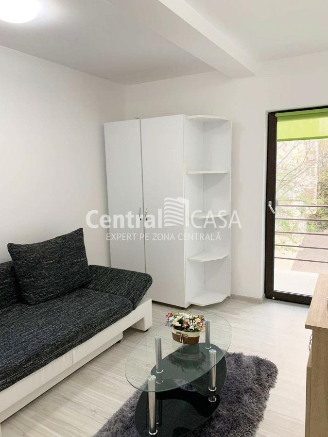 Apartament de vânzare cu 2 camere