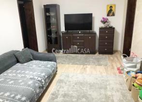 Apartament de vânzare cu 4 camere, Centru-Gara