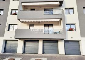 Apartament de vânzare cu 5 camere