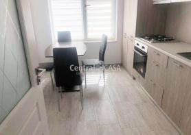 Apartament de vânzare cu 3 camere