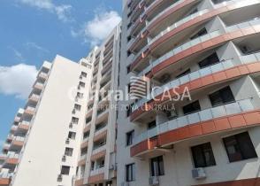 Apartament de vânzare cu 3 camere, Centru-Sf Lazar-Palas